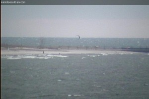 November 9th, 2013.  Kiteboarders riding at 5th Avenue.